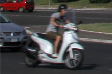 scooter in roma
